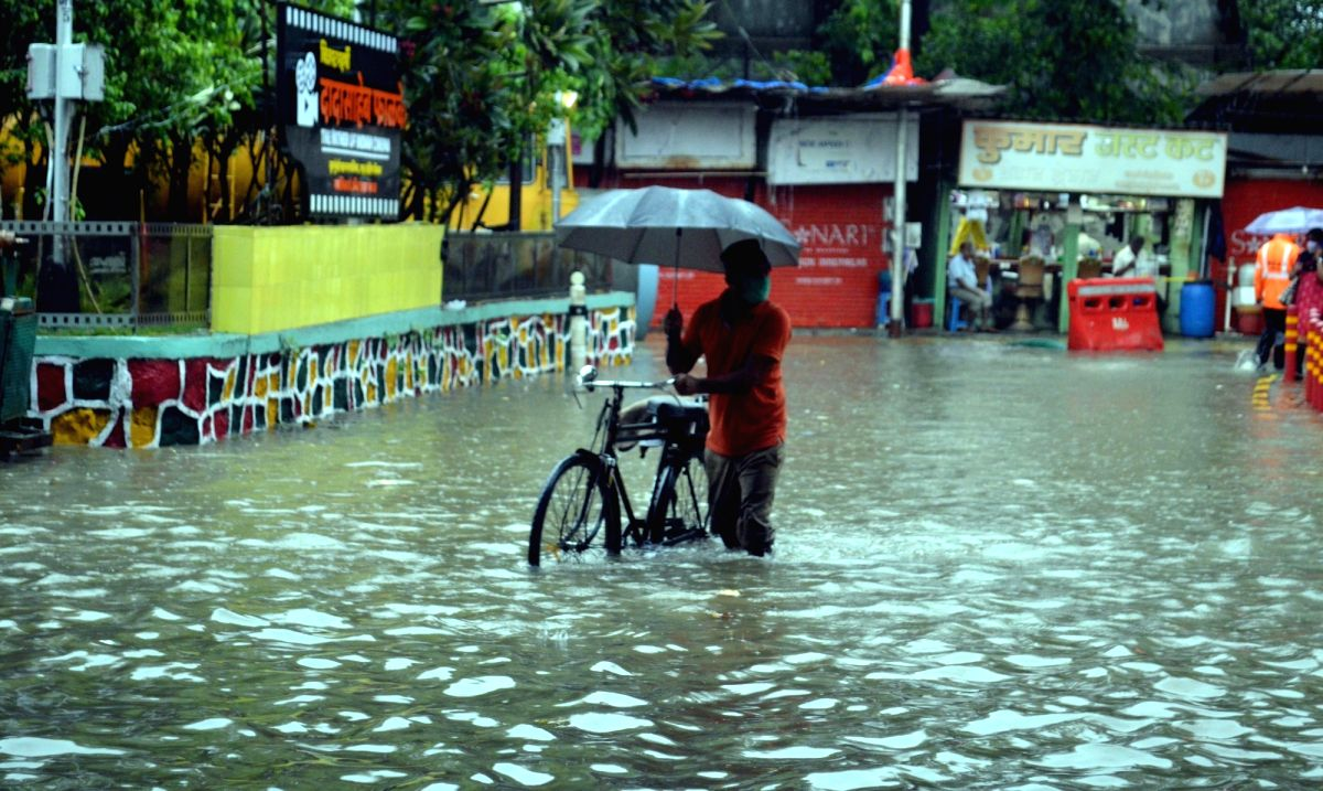 Flood-scarred Maha's toll zooms to 149, 2.29 lakhs evacuated