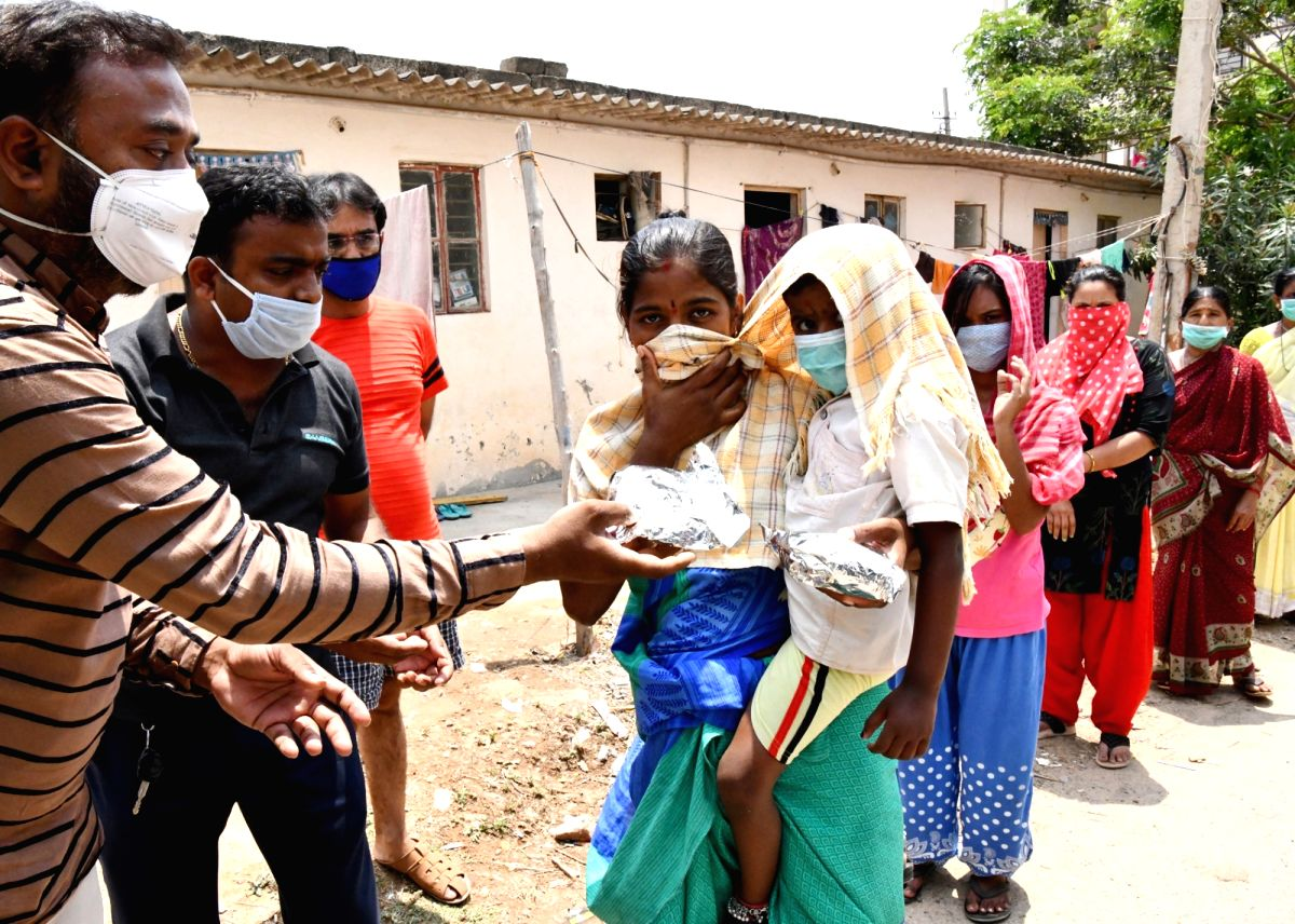 Foodgrains to needy in Bengaluru amid lockdown