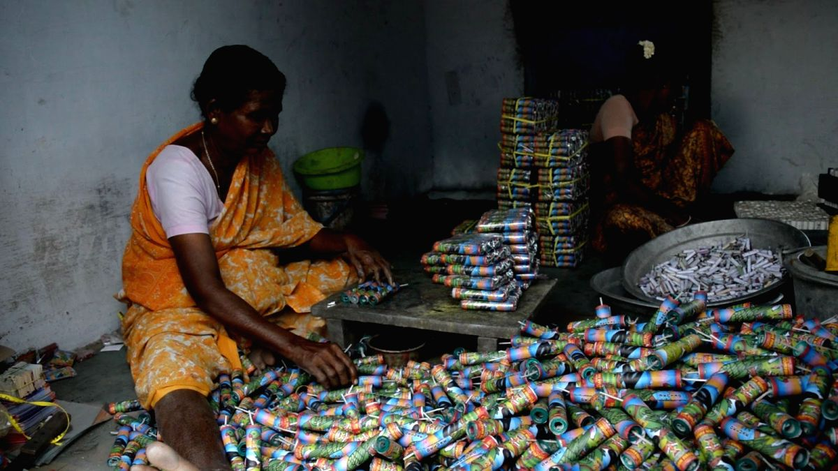For cracker manufacturers in Tamil Nadu's Sivakasi, eco-friendly crackers are still a far-fetched concept. (Credit: Tejas Dayanand Sagar)