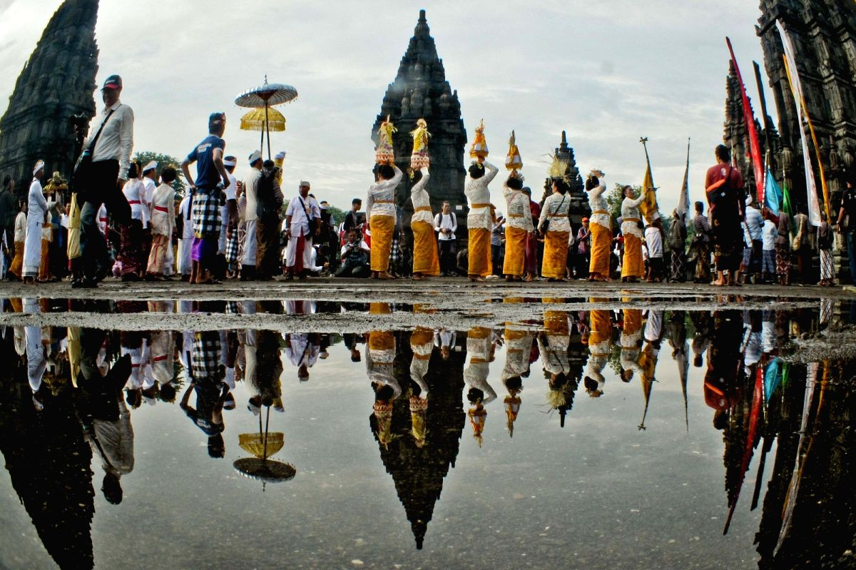 Foreign tourists to Indonesia drop by 86.9%
