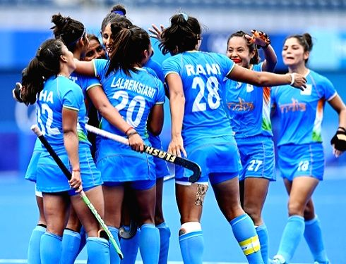 From Shahabad Markanda to Tokyo - the journey of Indian women hockey players to Olympic glory.(photo:IN)