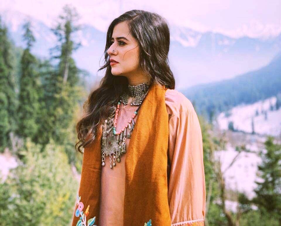 'Gully Boy' singer Vibha Saraf to release urban romantic single.