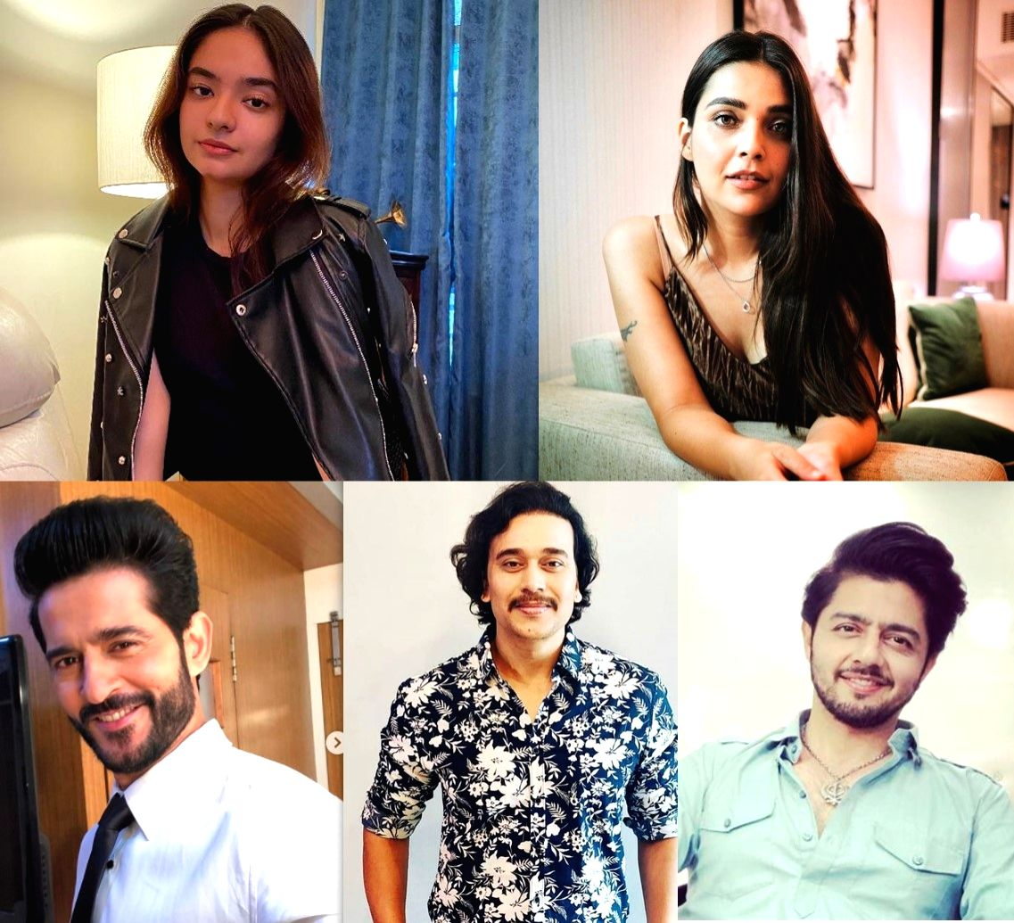 Hiten Tejwani, Anushka Sen to star in web-show 'Swaanng'.