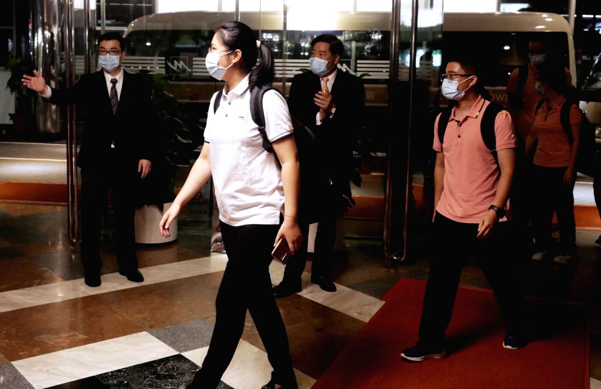 Hong Kong, Sept. 3, 2020 (Xinhua) -- Members of the mainland medical support team arrive at Metropark Hotel Kowloon in Hong Kong, south China, Sept. 2, 2020. With another 89 members arriving in Hong Kong Wednesday, there are currently more than 300 m