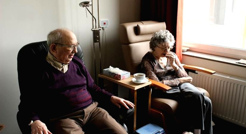 How to minimise COVID-19 risks for older adults.
