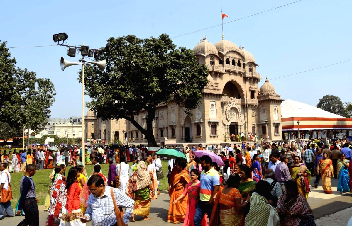 People visits Belur Math on Ramakrishna Paramahamsa's birth anniversary in Howrah