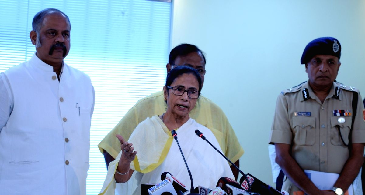 Howrah: West Bengal Chief Minister Mamata Banerjee briefs the media after an administrative meeting at the state headquarters in Howrah, on Nov 14, 2019.