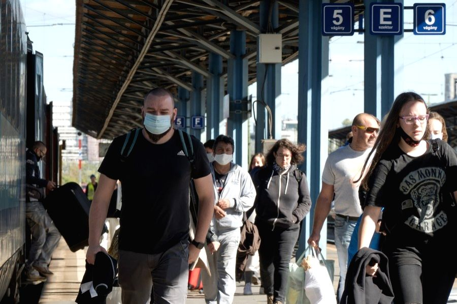 Hungary, Nov. 04 (Xinhua) --  People wearing face masks are seen at a railway station in Budapest, Hungary on Oct. 4, 2020. (Photo by Attila Volgyi/Xinhua/IANS)