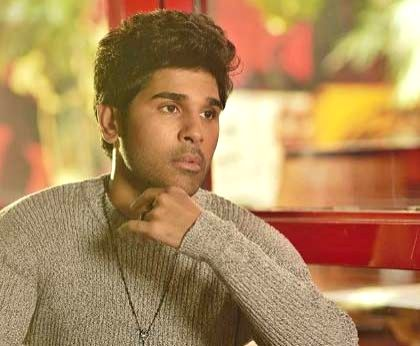 Hyderabad, June 22 (IANS) Telugu actor Allu Sirish shows what happens when one is not praying properly during a solar eclipse in a hilarious new post on social media.