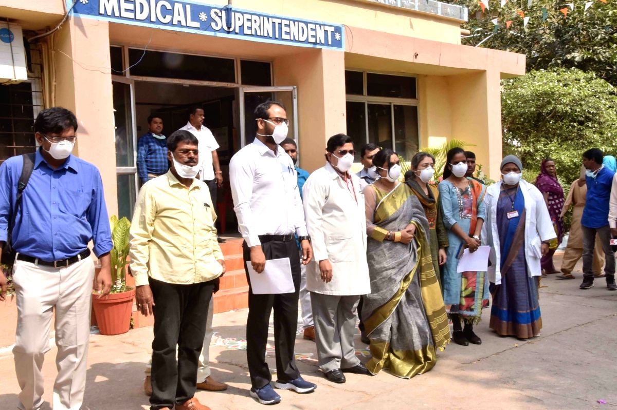 Hyderabad: Members of a central team during their visit to the Government Fever Hospital to review the preparedness of the state health authorities in dealing with the novel coronavirus, in Hyderabad on Jan 28, 2020.