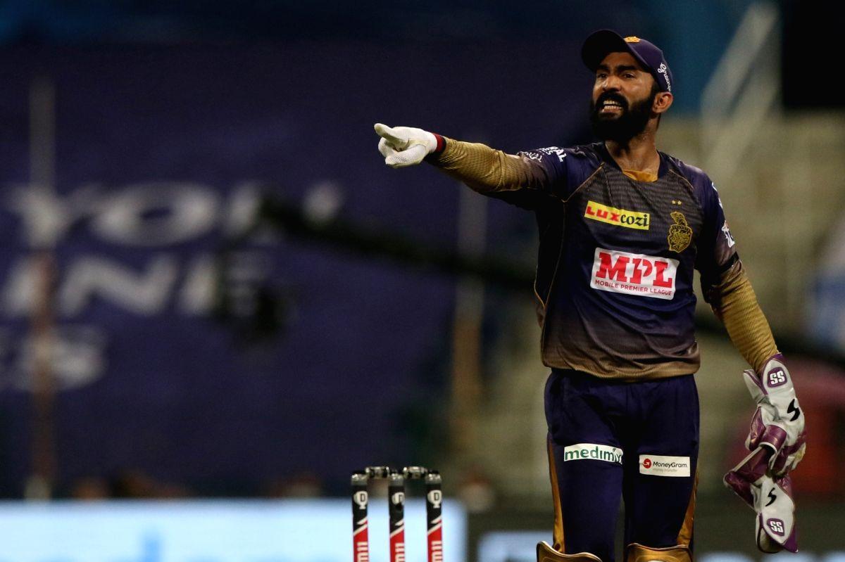 IPL 13: Karthik hands over KKR captaincy to Morgan
