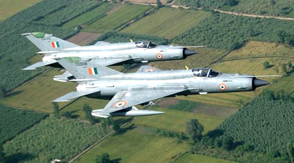IAF Group Captain killed in MiG-21 crash.