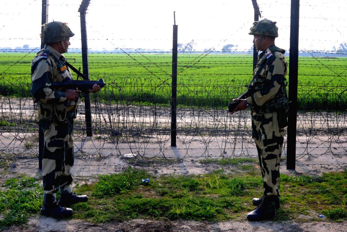 India-Pakistan border. (File Photo: IANS)