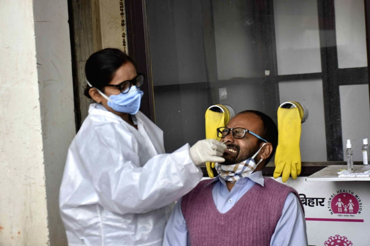 India reports 18,444 new Covid cases