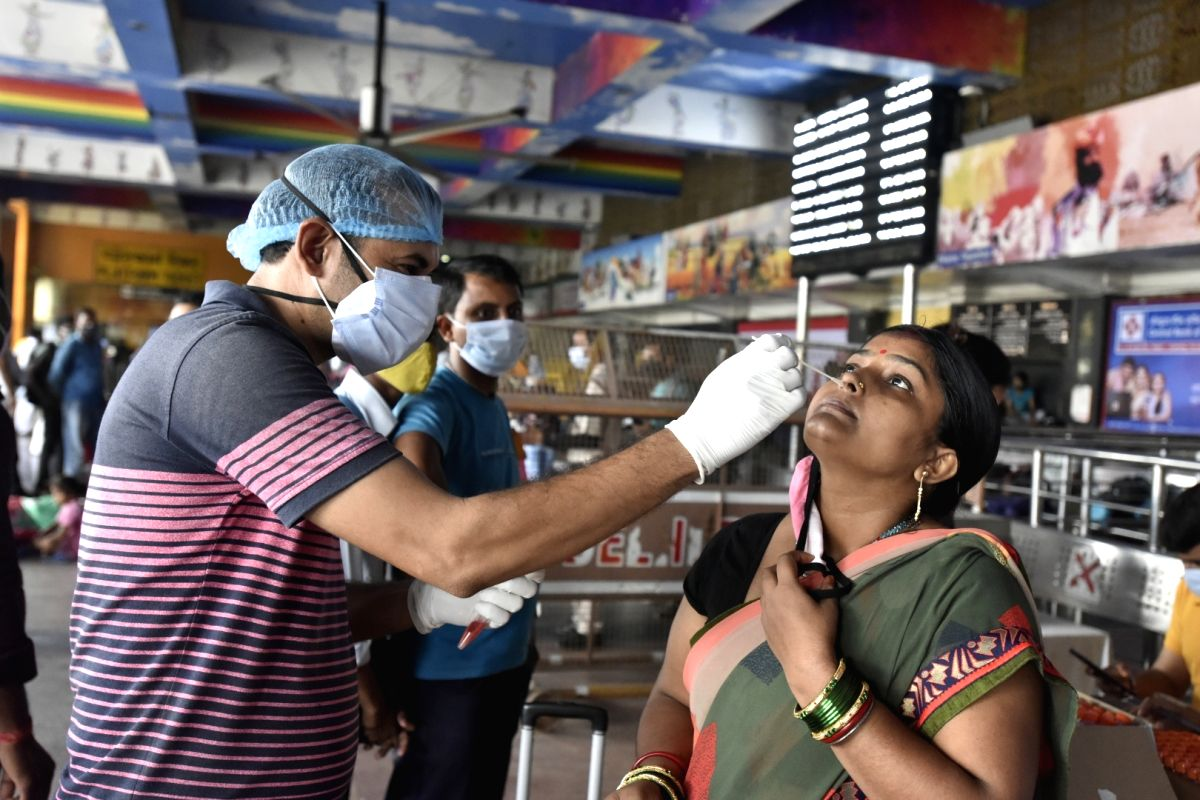 India reports 26,041 new Covid cases, 276 deaths