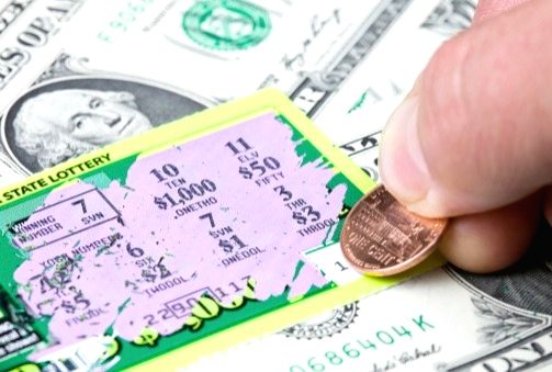 Indian-origin family hailed for returning lost $1mn lottery ticket