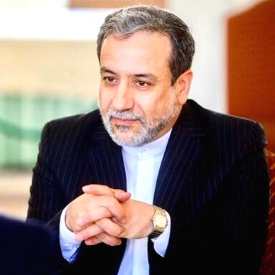 Iran hails trilateral prisoner swap
