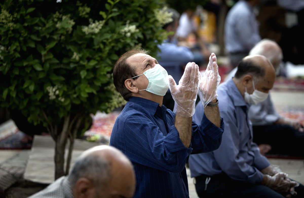Iran's confirmed COVID-19 cases hit 202,584 with 2,322 new cases