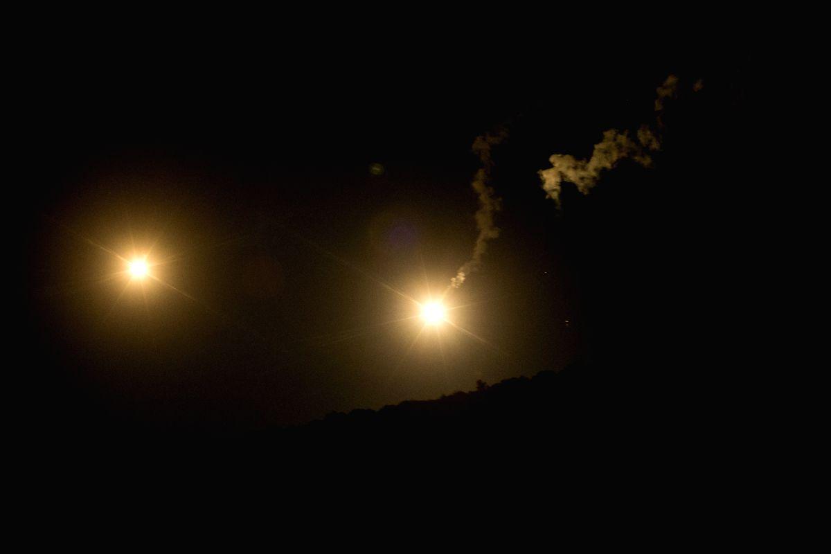 Israeli airstrikes hit Syrian army targets
