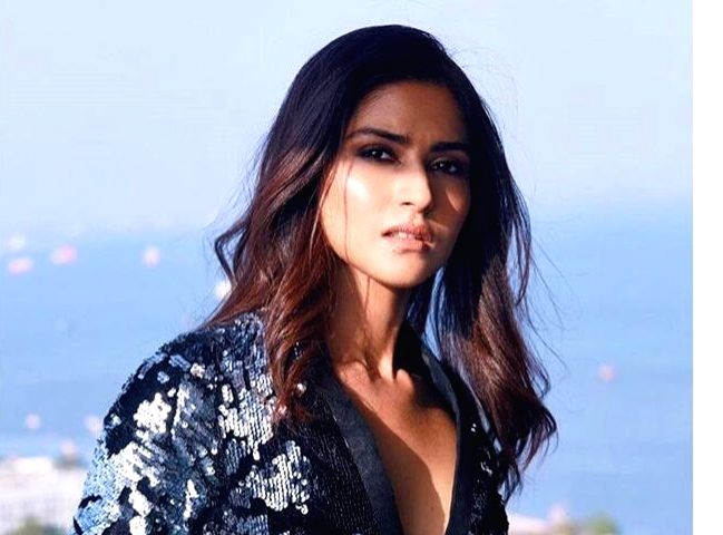 It would be an emotional moment for Pranutan Bahl if she gets an opportunity to work with her father and Bollywood actor Mohnish Bahl.