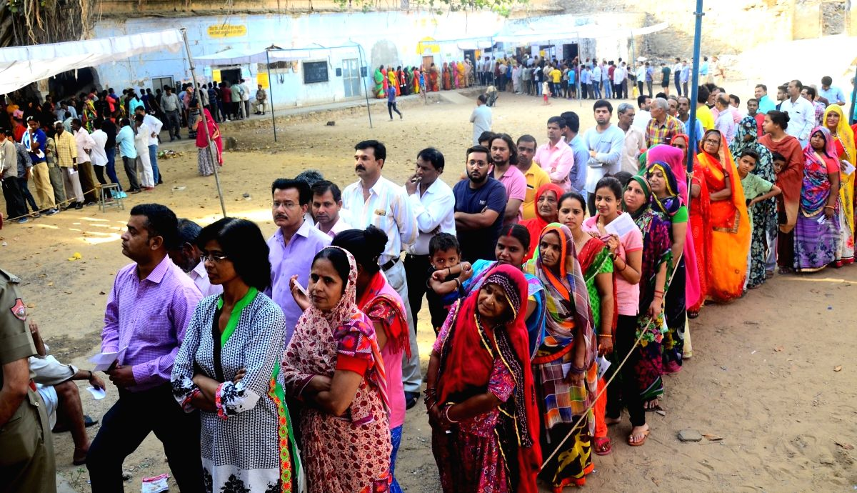 Jaipur: People queue up to cast vote during the fifth phase of 2019 Lok Sabha elections in Jaipur on May 6, 2019.