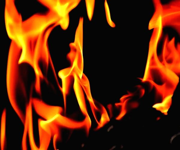 Jilted lover sets woman's house ablaze