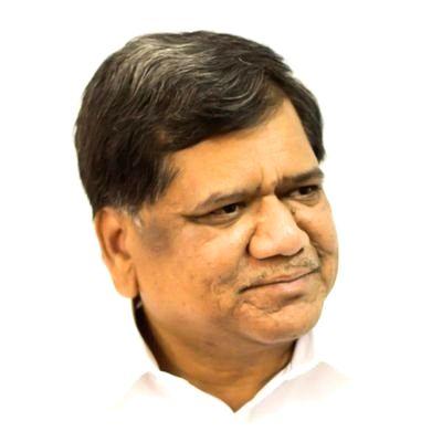 Karnataka Industries Minister Jagadish Shettar.