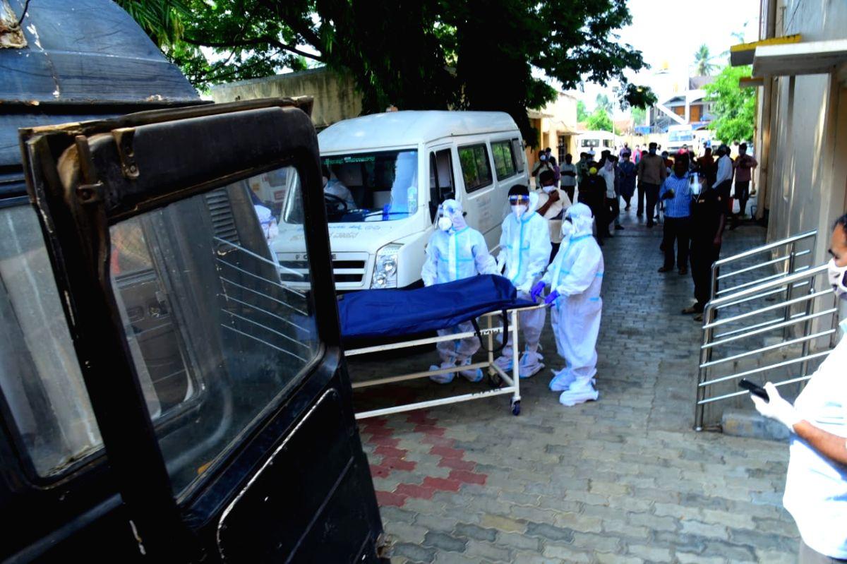 Karnataka logs in 39,305 new Covid cases, 596 deaths