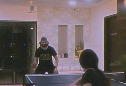 Kartik Aaryan loses Table Tennis match to his sister
