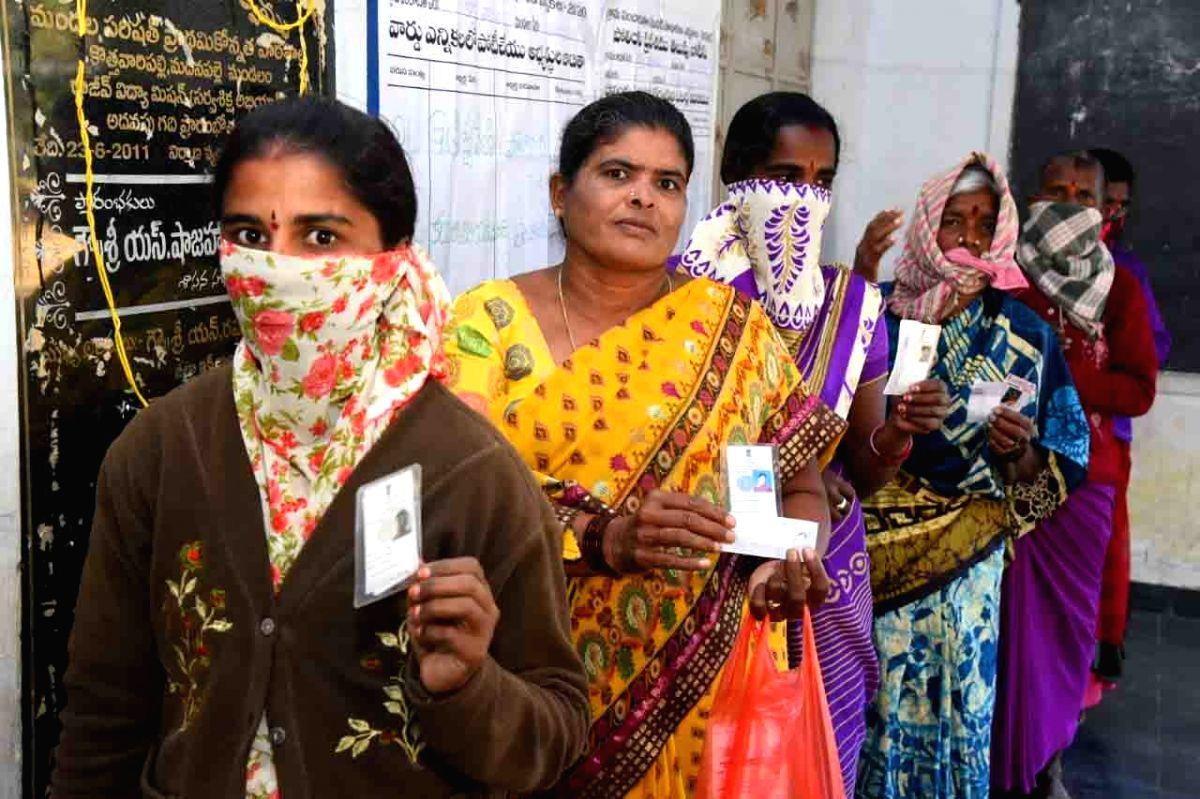 Kerala govt employees on poll duty warned against 'any bogus voting'  (Photo: snapsindia/IANS)