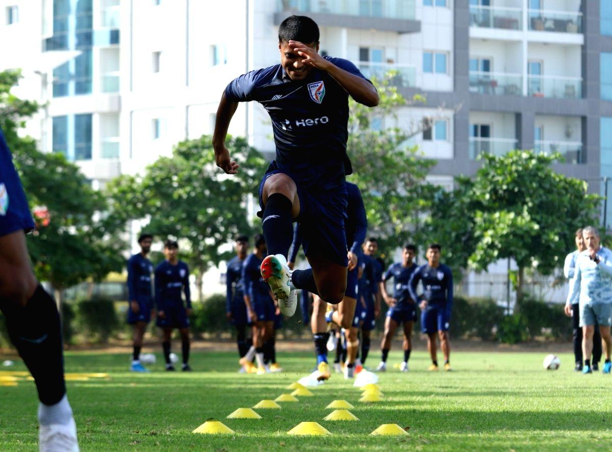 Kohli, Chhetri fitness pioneers in the country: Football defender Kotal