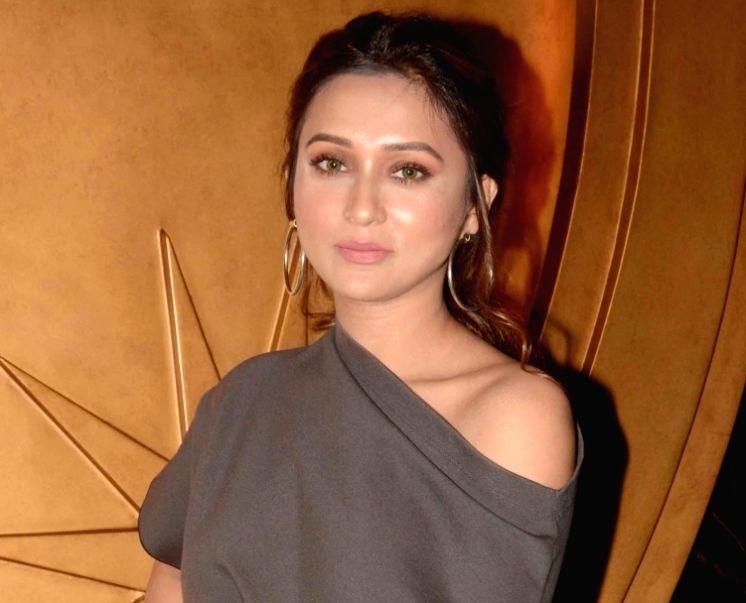 Actress Mimi Chakraborty