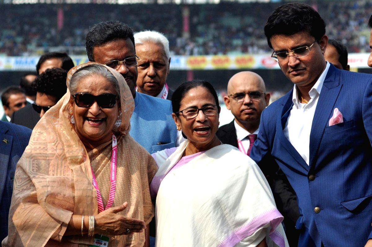 Kolkata: Bangladesh Prime Minister Sheikh Hasina with West Bengal Chief Minister Mamata Banerjee, Cabinet Minister Firhad Hakim and BCCI President Sourav Ganguly at the inauguration of the historic pink ball cricket Test match between India and Bangl