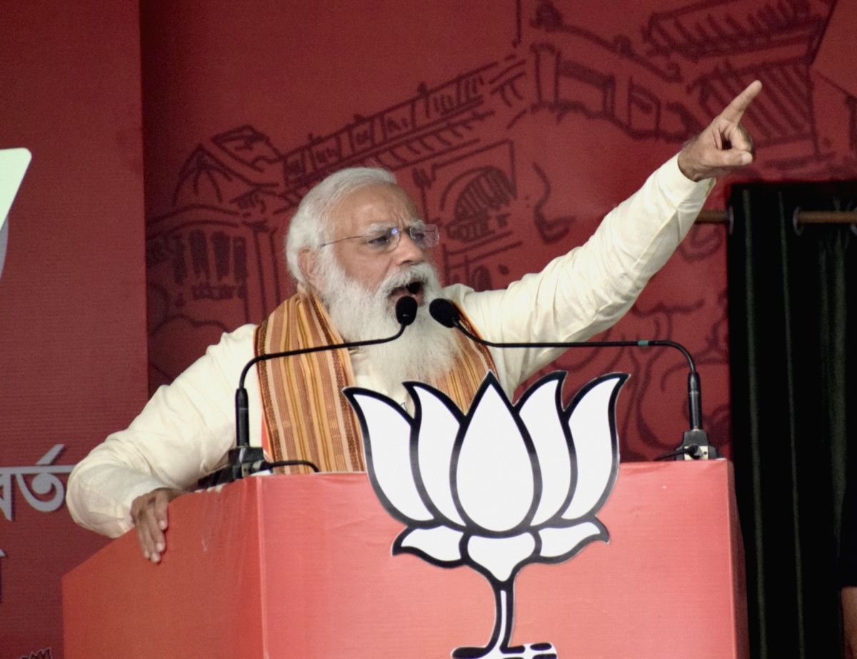 In two rallies at Bengal, Modi launches sharp attack on Mamata