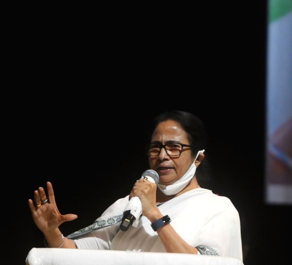 Kolkata: TMC candidate and West Bengal Chief Minister Mamata Banerjee during the first day of her campaign for upcoming Bhawnipur by-election in Kolkata on Wednesday, September 08, 2021. (Photo: Kuntal Chakrabarty/ IANS)