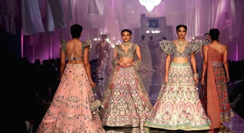 Lakme Fashion Week to launch 'Virtual Showroom'.