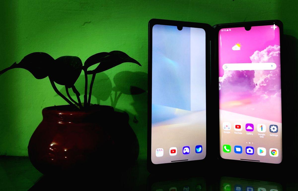 LG Velvet: Affordable dual display smartphone
