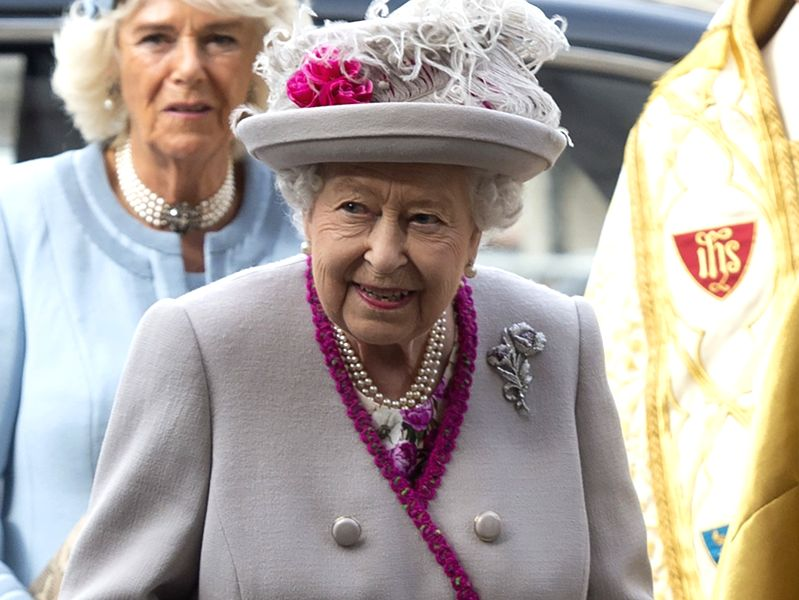 British Queen urges vaccine doubters to think about others