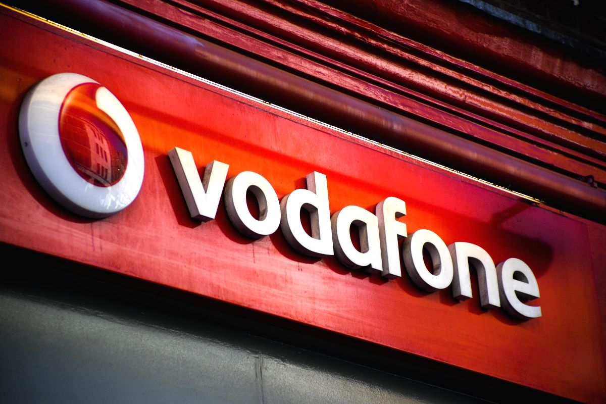 LONDON, July 3, 2019 (Xinhua) -- Photo taken on July 3, 2019 shows a Vodafone store in London, Britain. Vodafone UK on Wednesday switched on its 5G service, becoming the second UK mobile operator to turn on its 5G network relying on Huawei equipment.