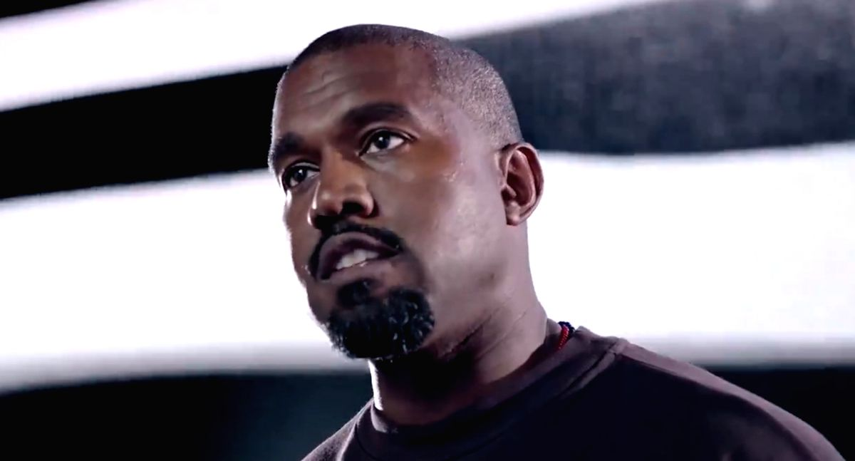Los Angeles, Oct 25 (IANS) Rapper Kanye West believes in world peace, and says he is a great leader.