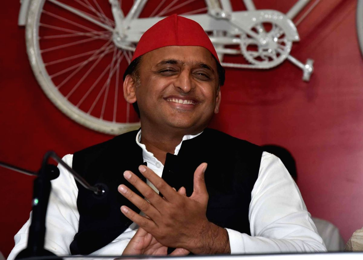 Lucknow: Samajwadi Party chief Akhilesh Yadav addresses a press conference in Lucknow on Aug 26, 2019.