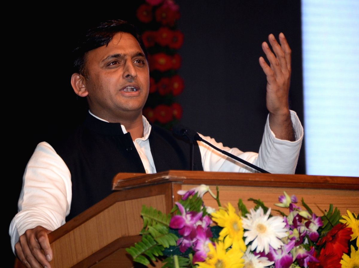 Lucknow: Uttar Pradesh Chief Minister Akhilesh Yadav addresses during a programme in Lucknow on Oct 10, 2016.