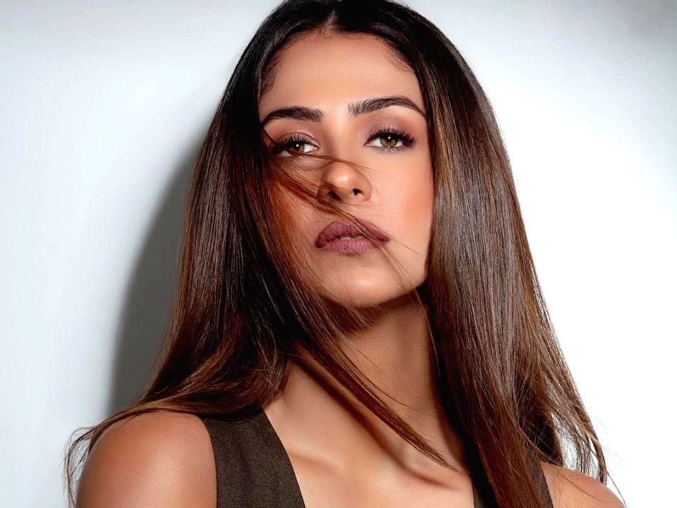 Malvika Raaj takes to dancing amid lockdown