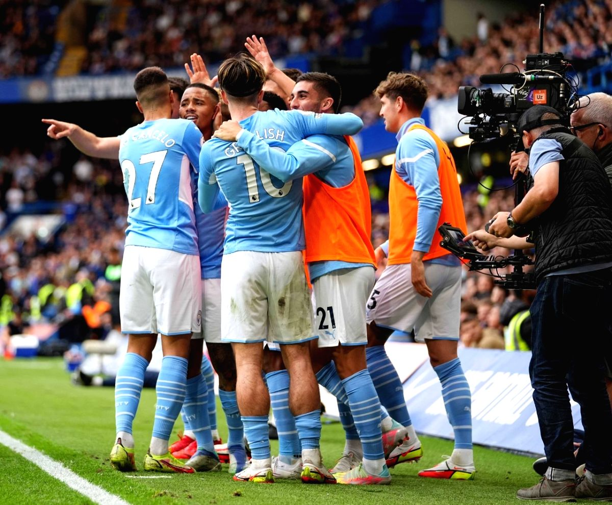 Man City get revenge over Chelsea, Villa end Man United jinx.