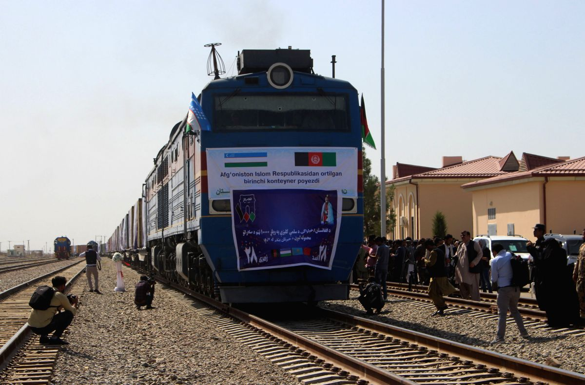 MAZAR-I-SHARIF, Sept. 7, 2019 (Xinhua) -- Photo taken on Sept. 5, 2019 shows the first cargo train leaving the port city of Hairatan for China in Balkh province, northern Afghanistan. The first cargo train from Afghanistan to China via Uzbekistan and