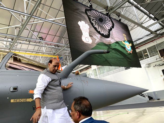 Merignac: Defence Minister Rajnath Singh performs 'Shastra Puja' ahead of formally receiving the first of the 36 Rafale jets purchased by India in France on the occasion of Dussehra, at the Dassault facility in Merignac, on Oct 8, 2019. (Photo: IANS/