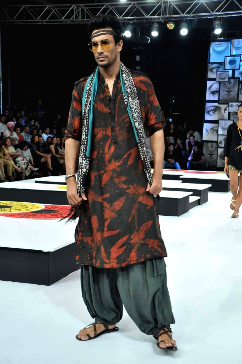 Ethnic Dandiya Styles for Men
