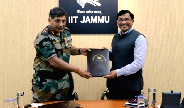 MoU signed between Army's Northern Command and IIT Jammu. (credit : @IITJammu)