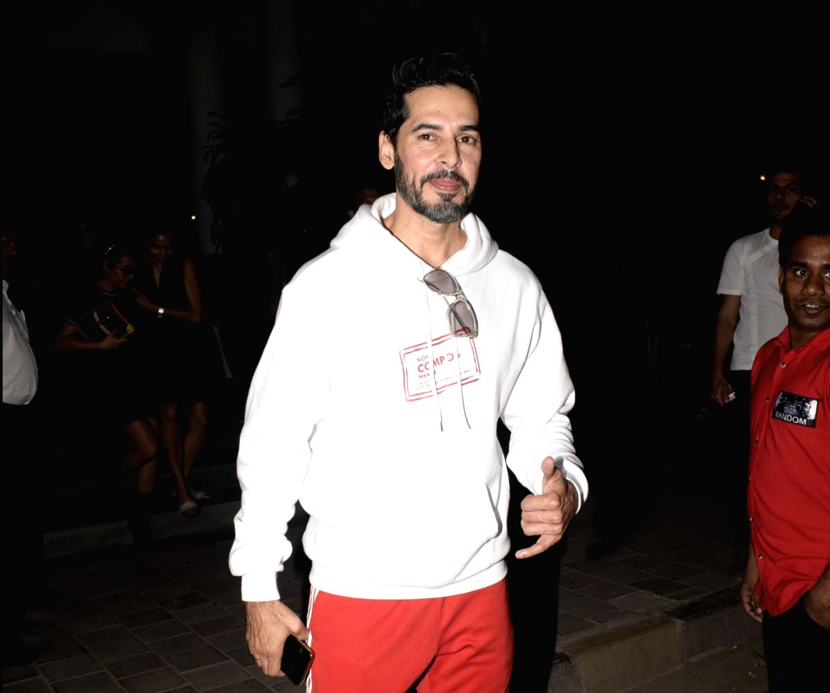 Mumbai: Actor Dino Morea seen at a Juhu restaurant in Mumbai on Feb. 03, 2019.