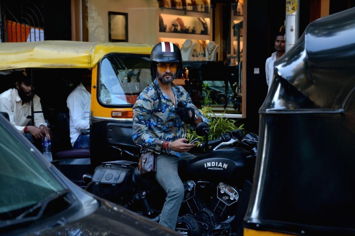 Mumbai: Actor Rohit Roy seen riding a bike in Bandra, Mumbai on Dec 10, 2018.